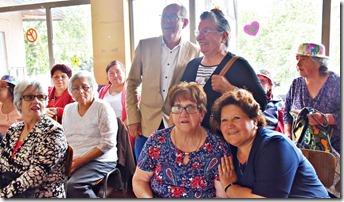 Adultos mayores de la comuna disfrutaron de entretenida jornada de esparcimiento (3)